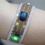 体温によって変形する新しい電子デバイスシステムとは